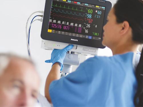 Monitor theo dõi bệnh nhân cho phòng mổ