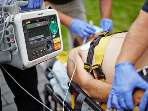 Máy sốc tim hồi sức tim mạch